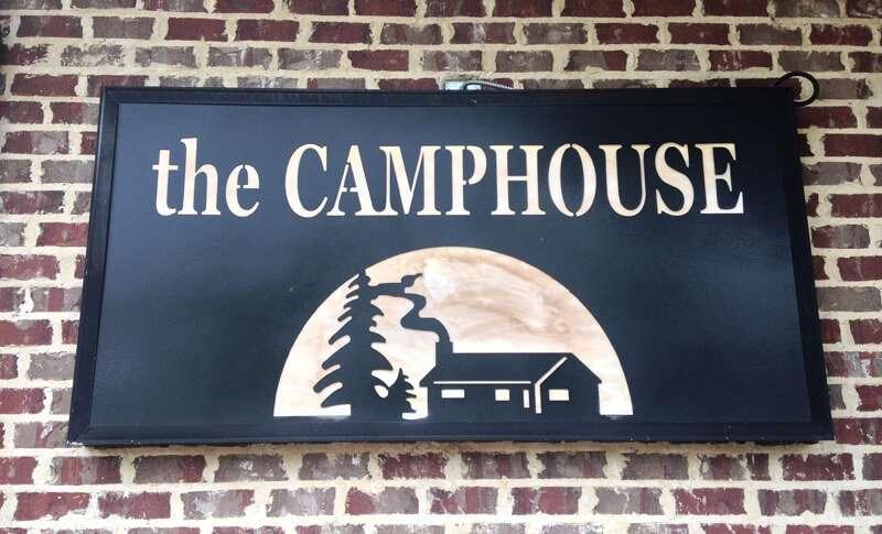camphouse_sign